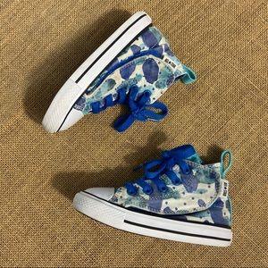 High top blue paint splatter converses size 7